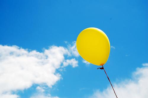 Rüyada Sarı Balon Görmek Yakalamak