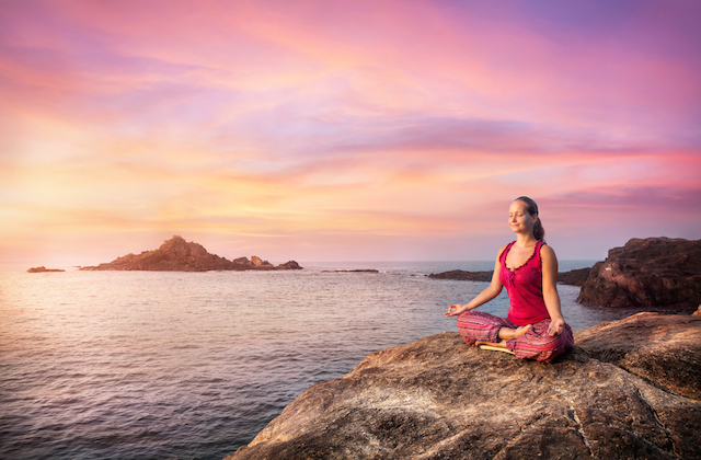 5 Steps to Meditating: Give Yourself a Daily Dose of Attention