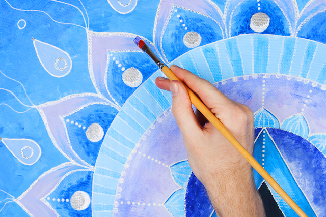 How Using Your Hands Creatively Reduces Stress & Anxiety