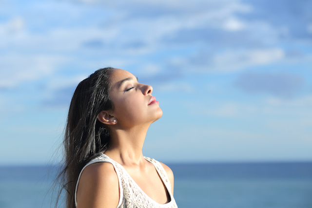 How to Instantly Calm Yourself in Stressful Situations